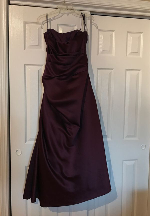 Waters and Waters Size 8 Formal