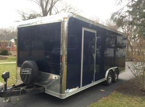 Runs/Great 2O14 Haulmark Edge 8.5 x 20 Enclosed Race Car. for Sale in Peoria, IL