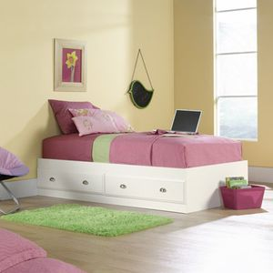Bed Frame for Sale in Romulus, MI