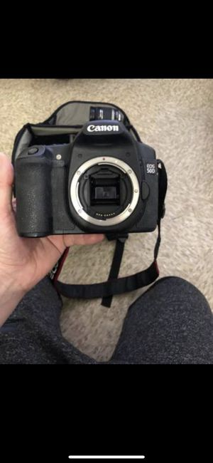 Canon EOS 50D with utilities and travel bag for Sale in Lowell, MA