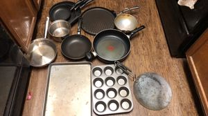 Kitchen pans and baking dishes for Sale in Irving, TX