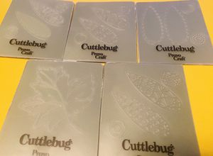 Cuttlebug Mini Embossing Folder Set for Sale in Elizabethton, TN