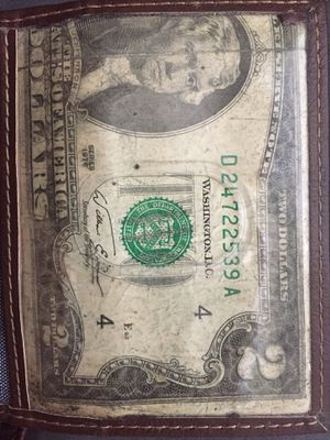 I for sale the old $2 ! That it lucky money ! I need the money to pay my bill so ! Some one play money old classic 1976 tell mee for Sale in Silver Springs, FL