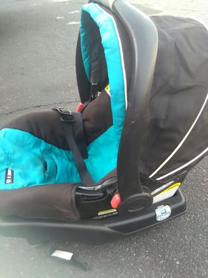 Car seat and carrier for Sale in Mesa, AZ