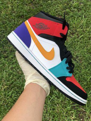 Jordan Retro 1 Mid Multicolor size 11.5 for Sale in Virginia Gardens, FL