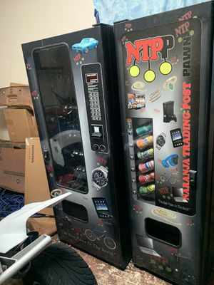 Vending Machine 2in1 for Sale in Hialeah, FL