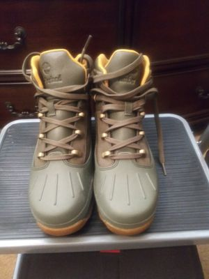 New women timberland boots size 8 (size 6 kids)price is firm..FYI...they run a half size too big for Sale in Redford Charter Township, MI