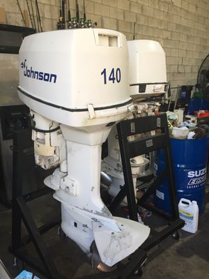 "Clean Pair Johnson 140 hp Two Stroke Outboard Motors 25"" Shafts Controls Included and Props Included! for Sale in Miami, FL"