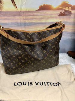 Authentic Louis Vuitton Monogram tote $799 for Sale in Everett,  WA