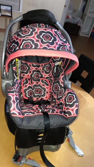 Car seat for Sale in Beaverton, OR