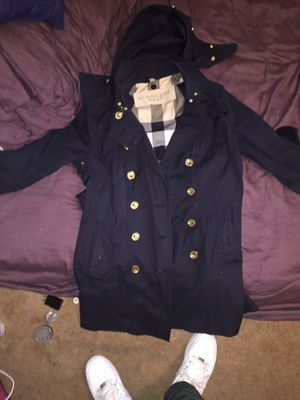 Burberry trench coat !!!! for Sale in New Orleans, LA