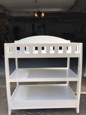 $25 baby changing table MUST GO TODAY for Sale in Virginia Beach, VA