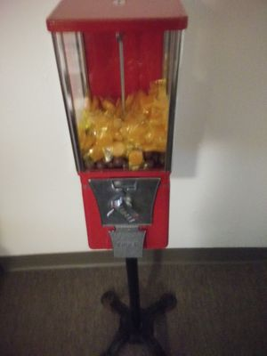 Gumball machine real nice with key for Sale in Warren Air Force Base, WY