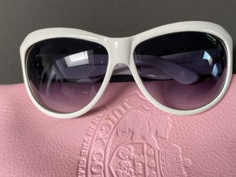 Juicy Couture Lady Luck White Sunglasses for Sale in Paradise Valley,  AZ