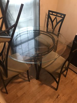 Getting rid of the glass kitchen table wit 4Chairs for Sale in Houston, TX