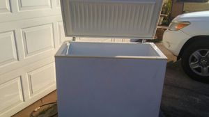 Frigidaire freezer for Sale in Lake Wales, FL