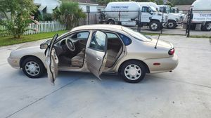 98' Ford Taurus for Sale in Sanford, FL