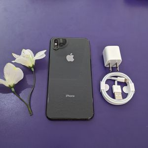Iphone X 64 gb unlocked store warranty for Sale in Somerville, MA