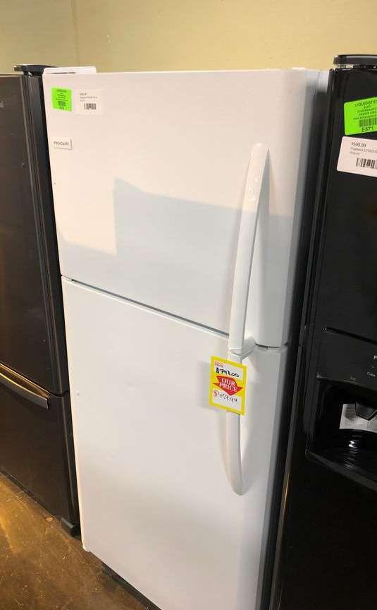 Frigidaire Top Freezer model: FFTR2021TW