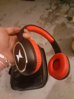 Bluetooth headphones for Sale in Whitehouse, TX