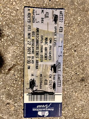 $140.00 Marc Anthony Concierto Miami Viernes 22 de Noviembre for Sale in Miami, FL