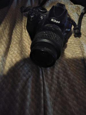 Nikon d5000 digital camera for Sale in Pensacola, FL
