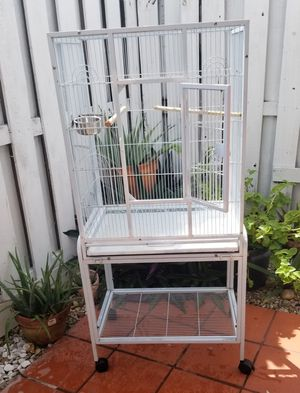 Bird cage......Jaula para pajaros for Sale in Hialeah, FL