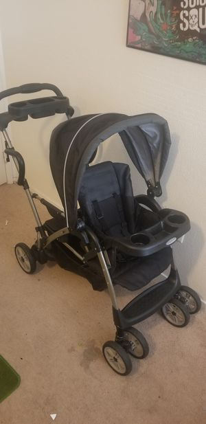 Graco Sit and Stand Stroller for 2. for Sale in Las Vegas, NV
