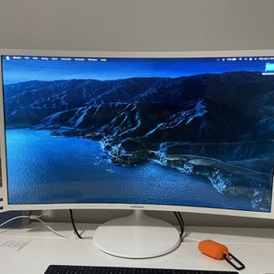 "Samsung 32"" Curved Monitor 1080p for Sale in Land O Lakes, FL"
