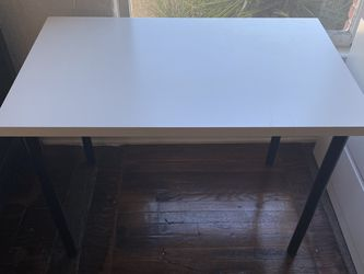 IKEA Table for Sale in Los Angeles,  CA