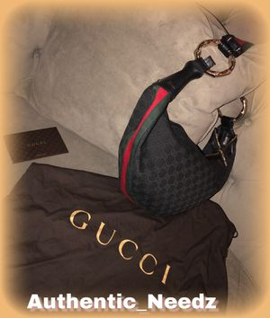 Gucci hobo bag... for Sale in Maple Heights, OH