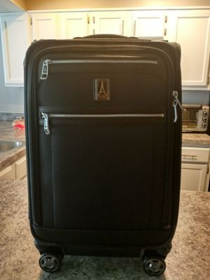 Travel Pro Suit Case for Sale in Columbus, OH
