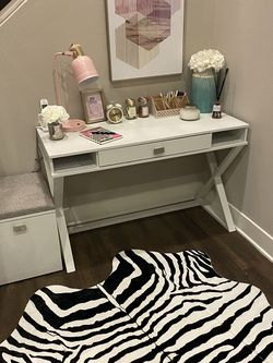 Desk And Desk Storage W/painting & Rug for Sale in Calabasas,  CA