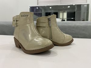 Toddler boots for Sale in Miami, FL