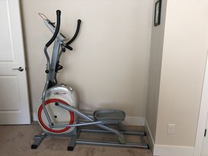 Schwinn 420 Elliptical Trainer for Sale in Tigard, OR