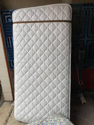 2 twin mattresses- FREE pickup only! for Sale in Hoffman Estates, IL