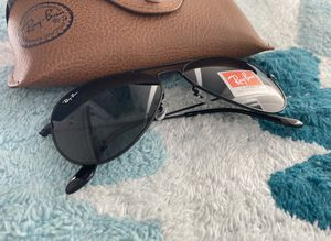 Brand New Authentic RayBan Aviator Sunglasses for Sale in Long Beach, CA