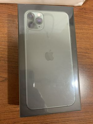 FACTORY UNLOCKED SEALED IPHONE 11 PRO MAX 64GB GREEN for Sale in Tampa, FL