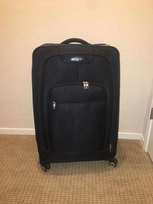 Samsonite Suitcase for Sale in Hanford, CA