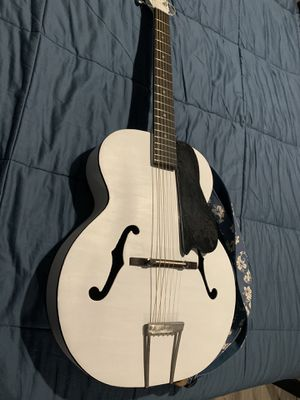 Vintage harmony archtop guitar 1961 RESTORED for Sale in Phoenix, AZ