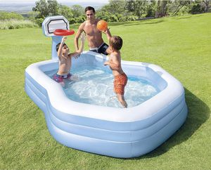 Swimming pool with hoop for Sale in Los Angeles, CA