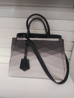 Real Fendi bag for Sale in Kissimmee, FL
