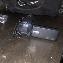 HDR-CX405 Video Camera for Sale in Stockton,  CA