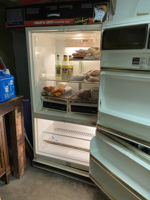 Whirlpool refrigerator for Sale in East Brunswick, NJ