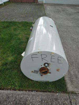 FREE GAS WATER HEATER FOR SCRAP for Sale in Portland, OR