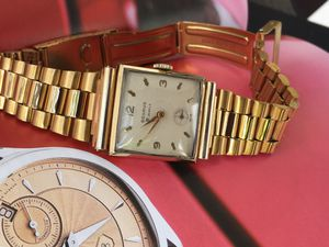 1950 beautiful watch in your wrist !!!Vintage Benruns 21 jewels, hand winding movement, 26x26mm. Swiss made for Sale in Miami, FL