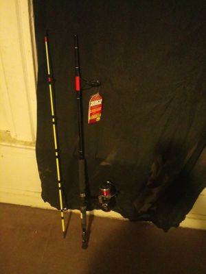 7ft zebco fishing pole for Sale in Columbus, OH