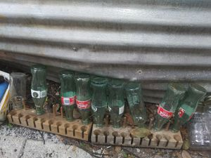 $9.99 for 8 Collectible Coke Bottles for Sale in FL, US