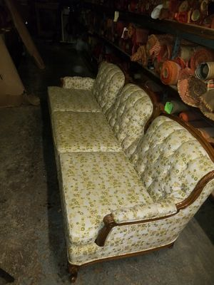 Vintage Drome Furniture Floral Couch for Sale in Detroit, MI