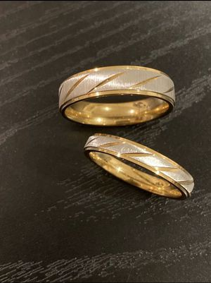 Gorgeous Unisex 18K Gold plated Matching Ring Set- ST Fashion Design for Sale in Sacramento, CA
